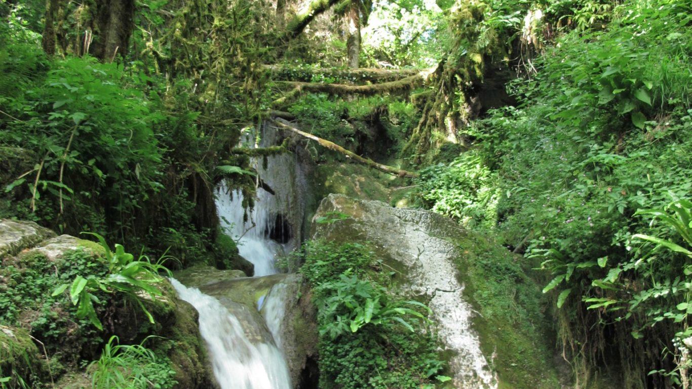 Cascade vers Léoncel dans le Vercors